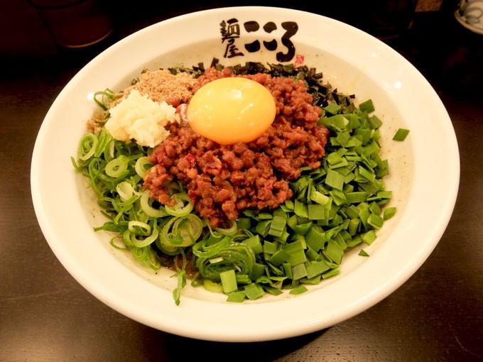 麺屋 こころ 長瀬店「台湾まぜそば」 〜ピリ辛でもっちり麺の美味しい台湾まぜそば 学生さんはトッピングサービスありでお得!!〜