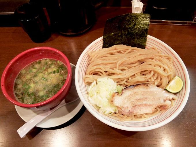 『山麺 / 香味焙煎麺のつけ麺 大盛り』