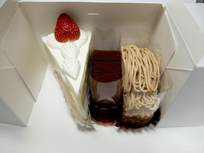 『パティスリー ザキ / いちごのショートケーキ、トリフ、モンブラン』