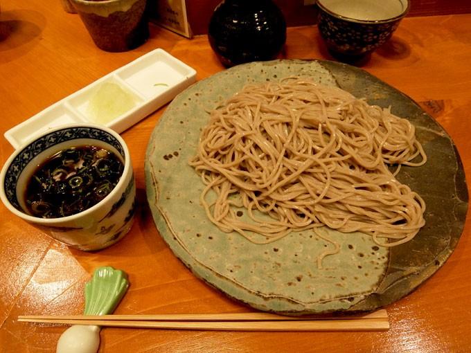 御陵院 香雅「もりそば」 〜梅田新食堂街の中にある美味しいそば屋さん〜