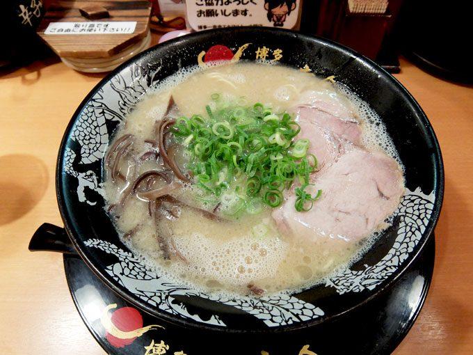 博多 一幸舎 エキマルシェ店「ラーメン」 〜程良いうまみとクセの博多とんこつラーメン〜