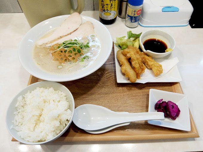 北新地とり食堂「とりW定食」 〜大阪 梅田 北新地 鶏sobaに鶏天とごはん、ボリュームいっぱいの定食です!!〜