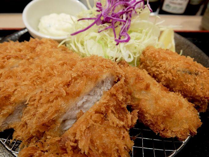 松のや 大阪駅前第3ビル店「カキフライ&ロースかつ定食」