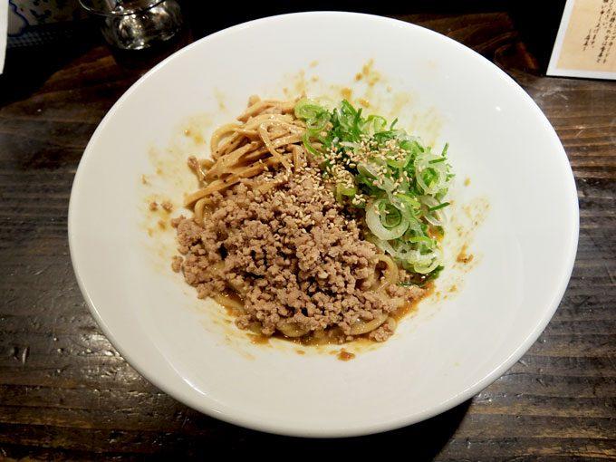 汁なし ゴジラ 阿倍野キューズタウン店「汁なし担々麺」〜甘さの後に辛さの後追い、これはうまい!!〜