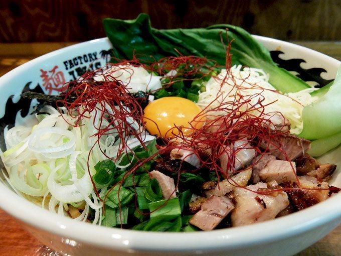 麺 FACTORY JAWS「限定麺 手もみ担々まぜそば」〜辛いだけじゃなくコクもあり、〆のごはんも最高!!〜