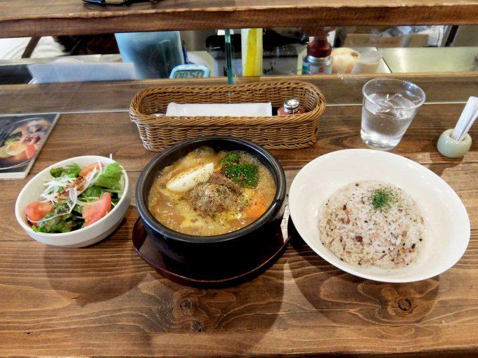 Spice&Sweets KAJU(スパイス&スイーツ カジュ) 野菜とチキンのスープカレー