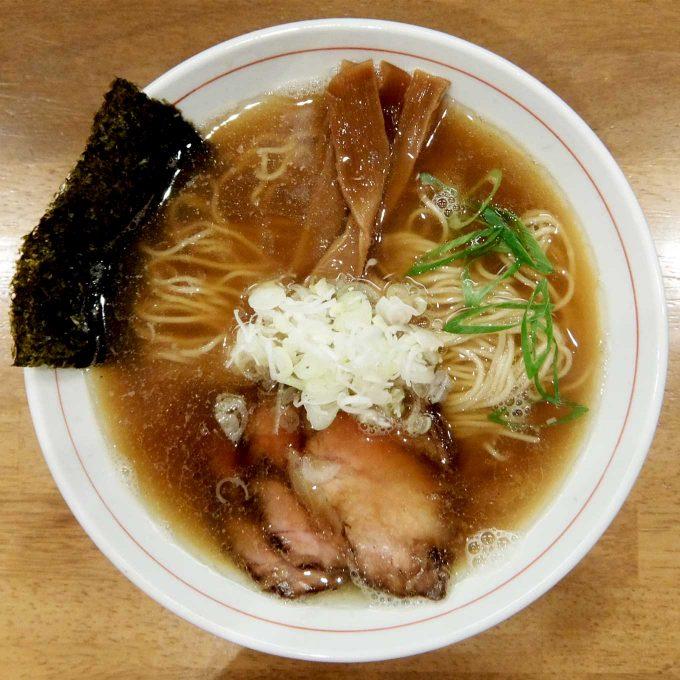 麺処 えぐち「中華そば」〜もっちり細麺、うま味たっぷりのWスープとチャーシュー。うまい!!〜