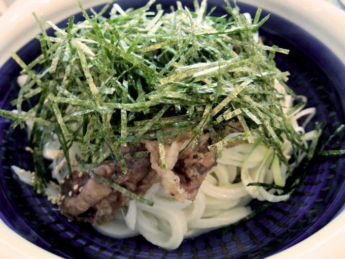 丸亀製麺「旨辛肉つけうどん」〜辛ウマ〜!!薬味もたっぷりでさっぱり感もあり、もりもり食べられます!!〜