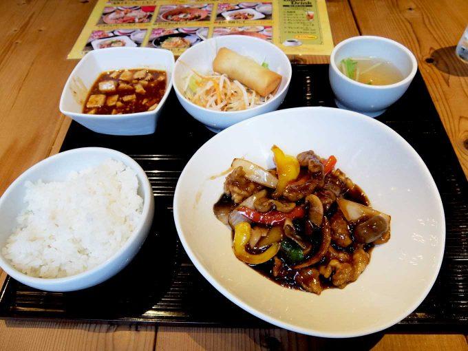 アジアン スパイス「本格!酢豚ランチ」〜麻婆豆腐食べ放題&ごはん大盛り無料のお得なランチ!!〜