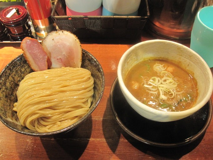 大阪 鴻池新田「麺や 而今」つけ麺