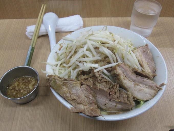 ラーメン / ラーメン荘 歴史を刻め 寺田町店