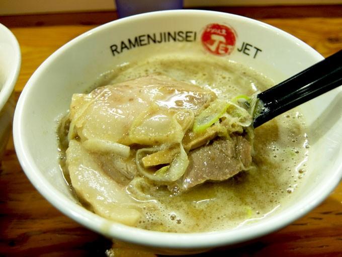 201510_jet600_tsukemen_soup02