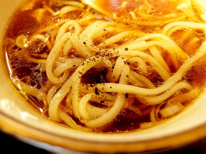 201511_tsurumen_kurotsukesoba_noodles3