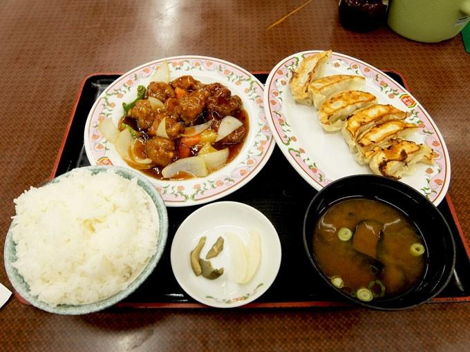 『餃子の王将 巽店 / 酢豚、餃子、ライス大』