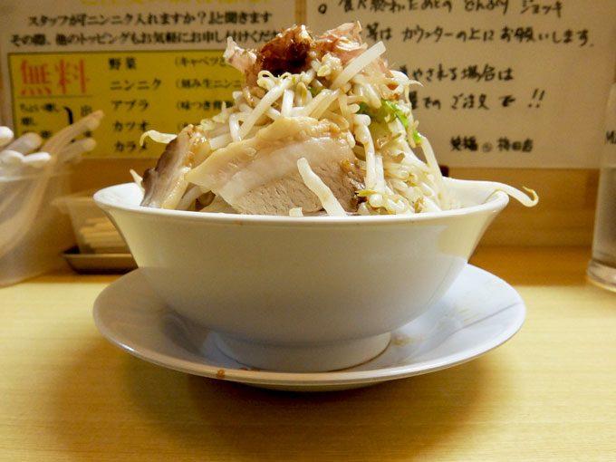 笑福◯わ 梅田店「ラーメン」〜大阪 梅田 第3ビルでがっつり!!ぎ郎系ラーメン〜