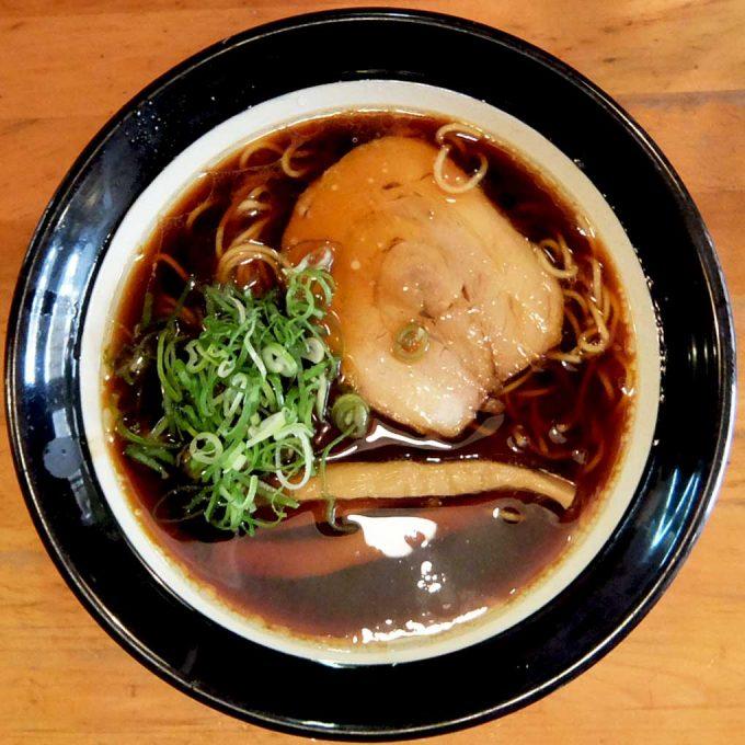 金久右衛門 梅田店「大阪ブラック」〜大阪 梅田 醤油タレと鶏ガラスープのバランスが良く、いつ食べても美味しい!!〜