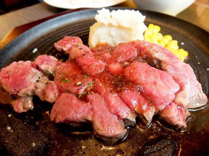 北新地 熟成肉 Bacco Aging bar「牛ロース レアステーキランチ」