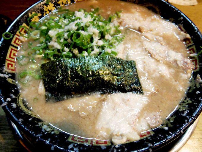 無鉄砲 大阪店「Wスープ チャーシューメン、白ごはん」
