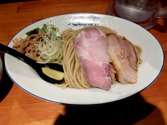 麺 FACTORY JAWS つけ麺 麺 チャーシュー