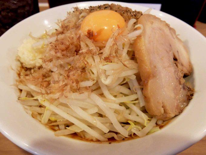 味噌のコクとにんにくのパンチが合う!! 大阪 日本橋「麺屋ガテンZ」味噌MAZEそば