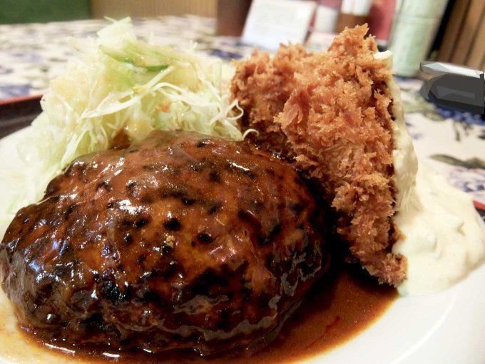 大阪 梅田「グリル ロン」ハンバーグ&カキフライ