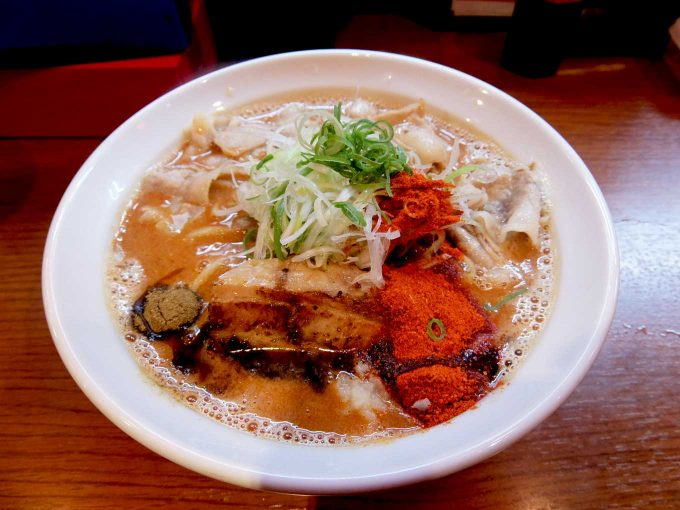 大阪 鶴橋「辛口炙り肉ソバ ひるドラ 鶴橋店」味噌