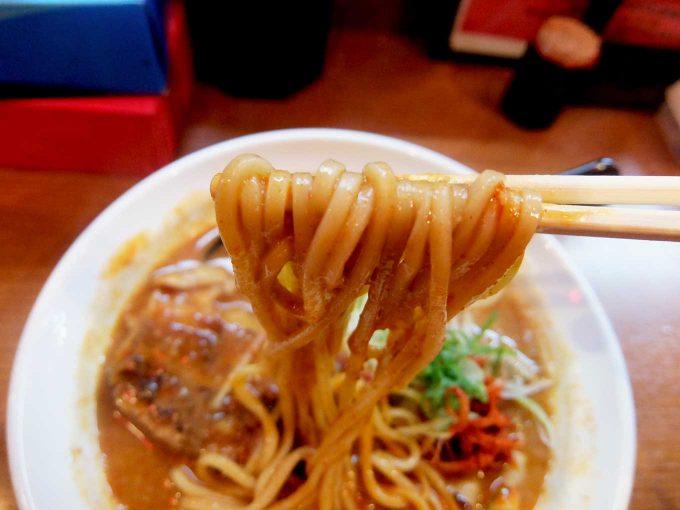 ひるドラ 鶴橋店 辛口炙り肉ソバ「味噌」麺