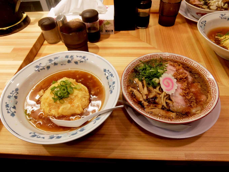 サバ6製麺所 大阪駅前第2ビル店 中華そば+半天津飯