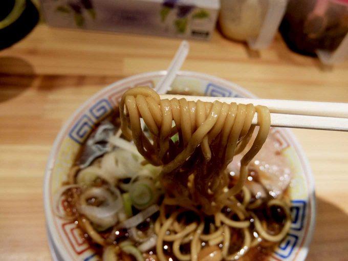 サバ6製麺所 大阪駅前第2ビル店 サバ醤油そば、サバ寿司 麺