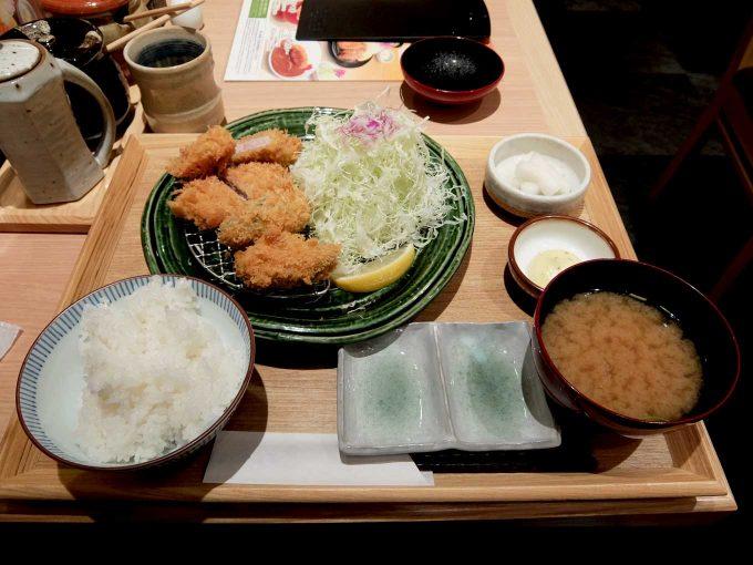 とんかつ かつ里 牡蠣フライとヒレかつ定食