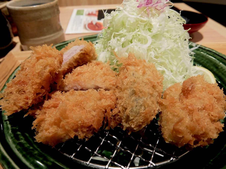とんかつ かつ里 牡蠣フライとヒレかつ定食 アップ
