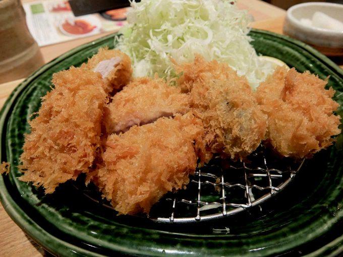 とんかつ かつ里 牡蠣フライとヒレかつ定食 アップ 2