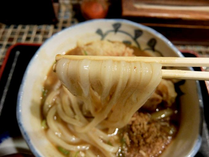 大阪 中津「たけうちうどん」とり天カレーうどん 麺