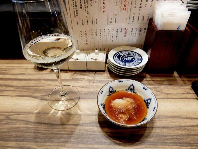 大阪 梅田 ルクア バルチカ「立呑み・天ぷら 喜久や」白ワイン