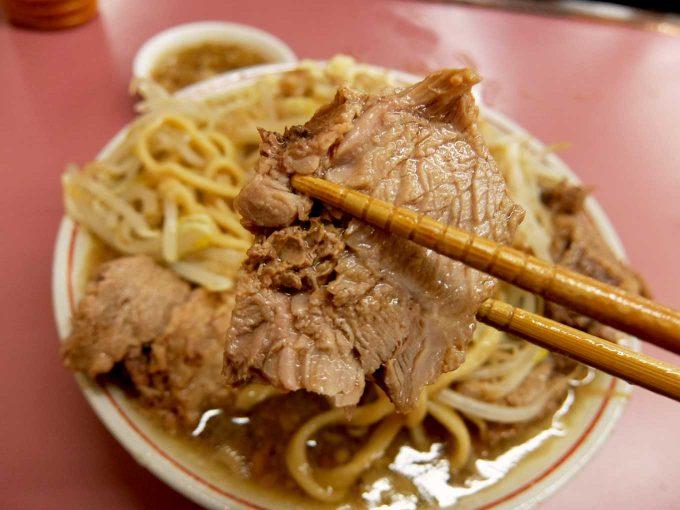 大阪 住道「ラーメン荘 おもしろい方へ」豚ラーメン
