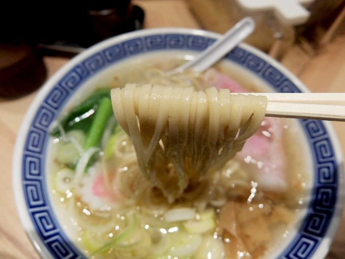 大阪 梅田「サバ6製麺所 お初天神店」サバ塩そば 麺