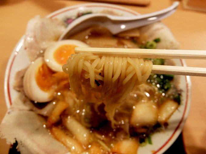 大阪 日本橋「作丸」醤油ラーメン 麺