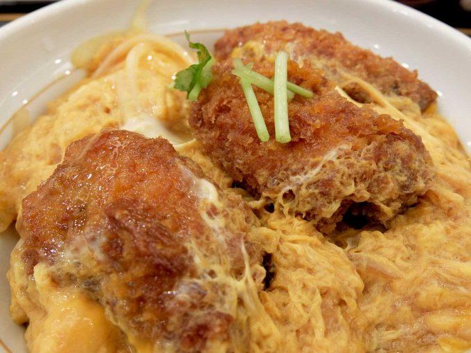 なか卯 東梅田店「牡蠣とじ丼」in 大阪 梅田