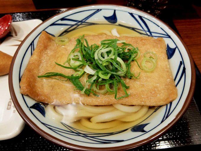丸亀製麺 大阪駅前第4ビル店「きつねうどん いなり」in 大阪 梅田