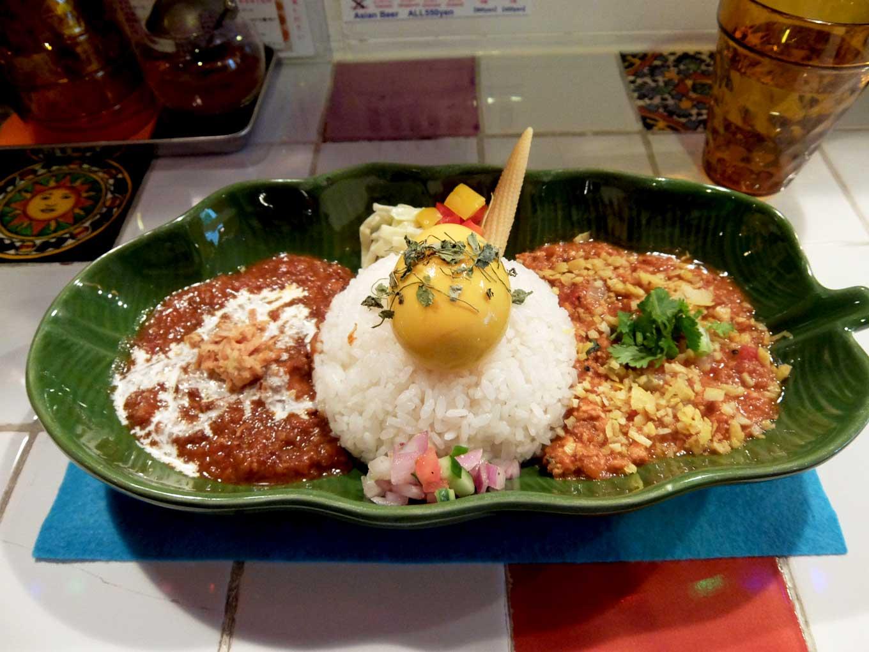 スパイスカレー43「あいがけスプラッシュ&スパイス煮たまごトッピング」in 大阪 阿波座