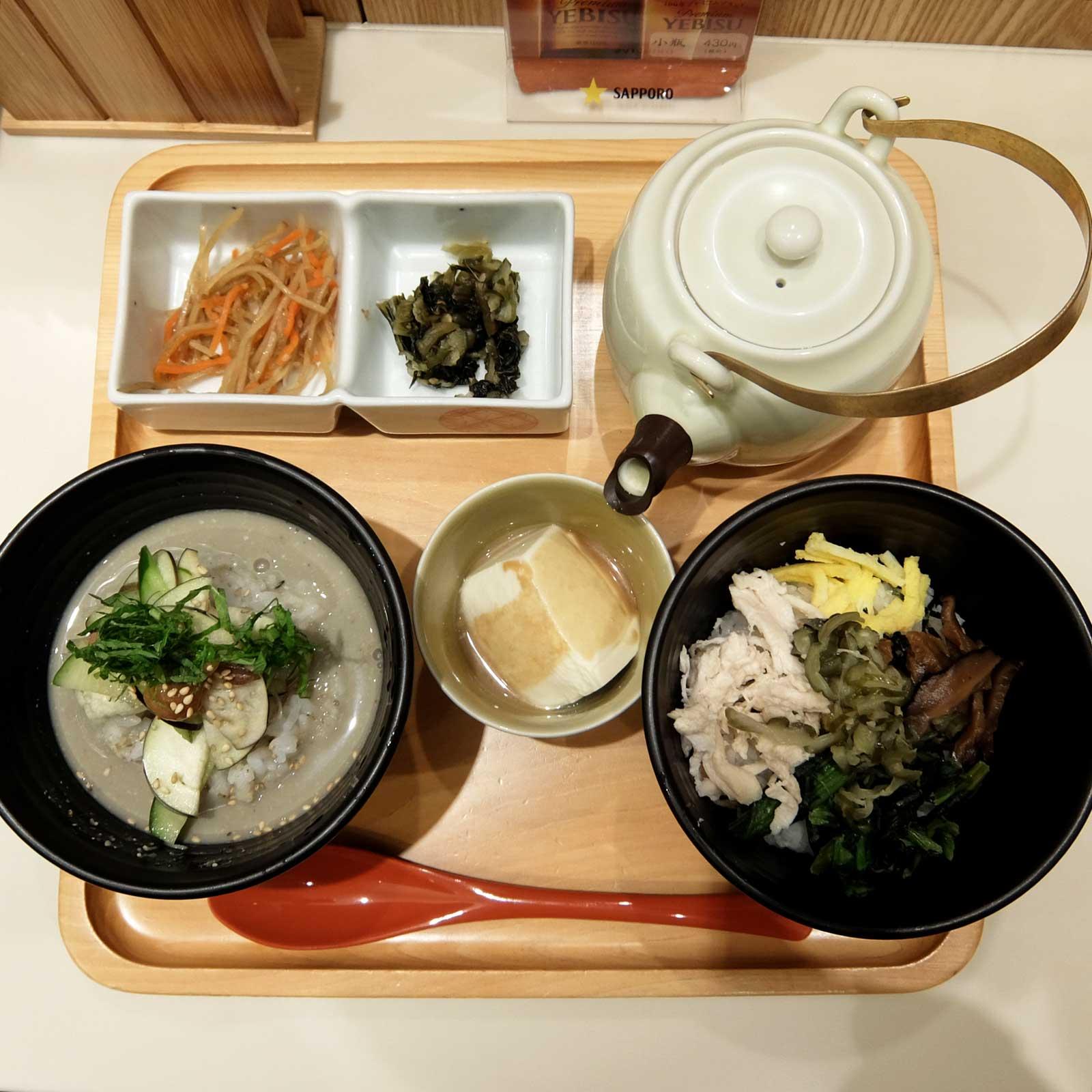 だし茶漬け+肉うどん えん ルクア大阪店 鶏飯 冷や汁 ハーフ&ハーフ ルクア大阪 バルチカ 梅田