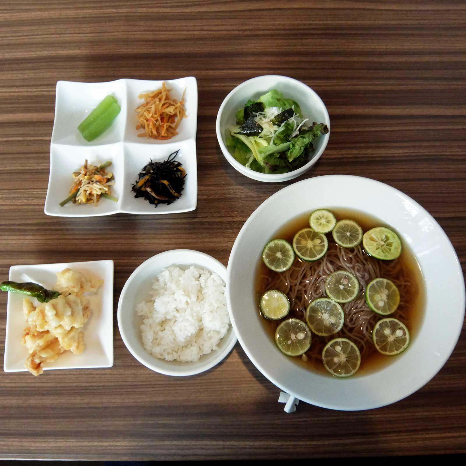 痺鶏 すだち冷麺ランチ 北新地 梅田 大阪