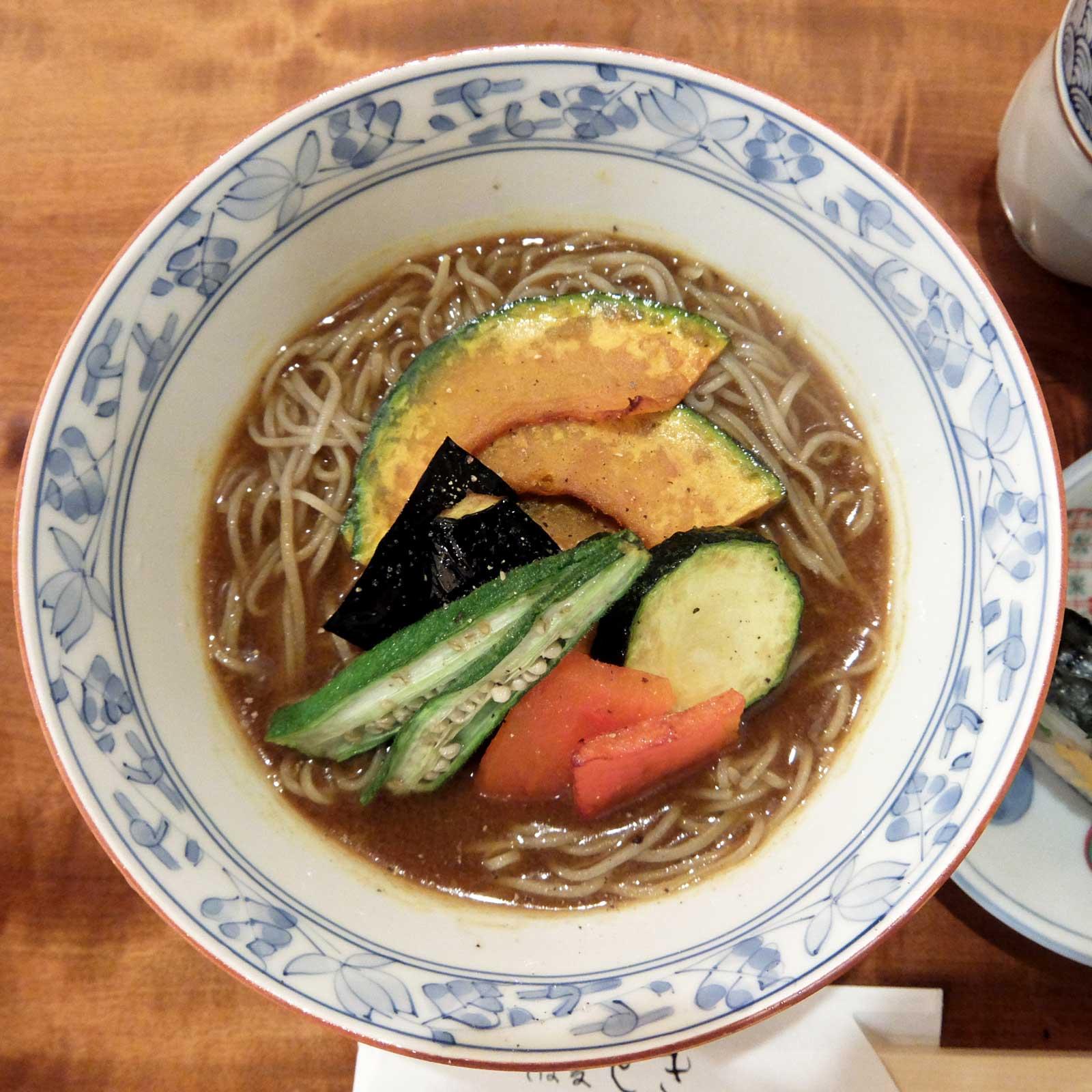 そば処 とき 夏野菜 冷やしカレー蕎麦 大阪 梅田 北新地